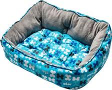 "Rogz - Мягкий лежак с двусторонней подушкой ""Голубые косточки"", размер M (56х43х29см) TRENDY PODZ"